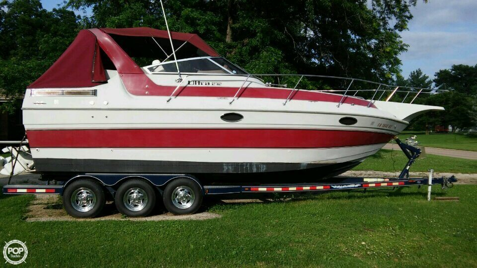 Sun Runner 272 Ultra Cruiser 1988 Sun Runner 272 Ultra Cruiser for sale in Burlington, IA