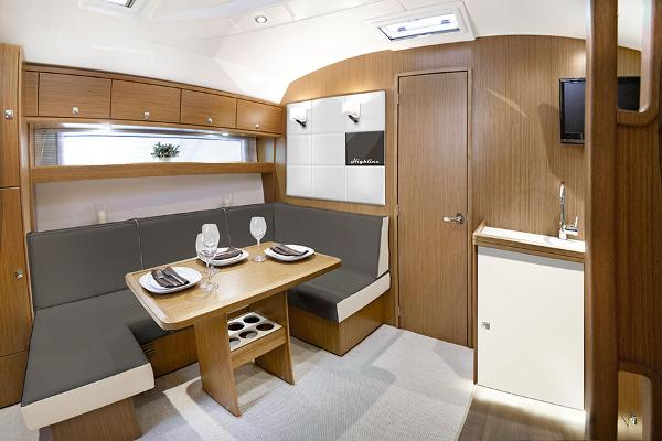 Bavaria Sport 39 HT Highline Interior