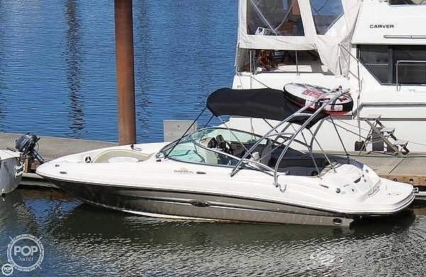Sea Ray 220 Sundeck 2007 Sea Ray 220 for sale in Damascus, OR