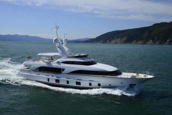 Benetti 105 Tradition