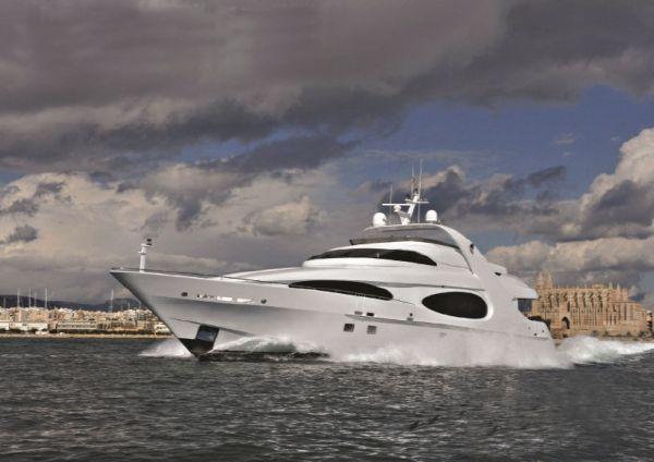MILLENNIUM SUPER YACHT Luxury Raised Pilothouse