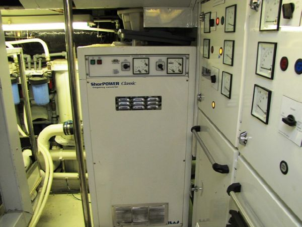Millennium Yacht Atlass Power System