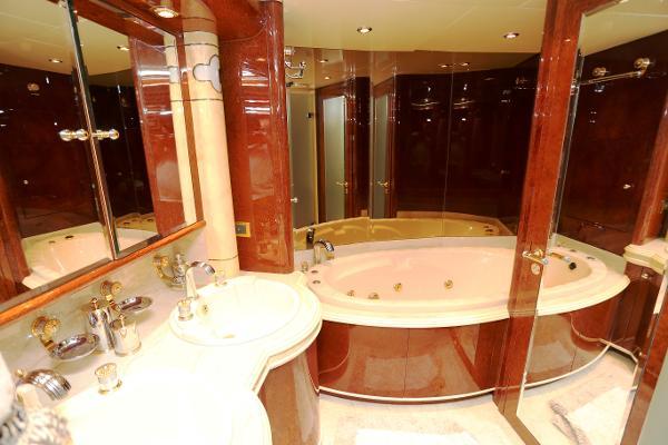 Millennium Yacht Master Bath