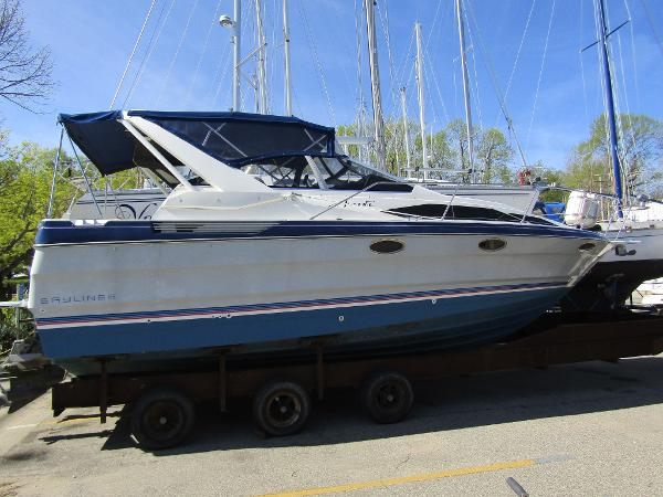 Bayliner 2955 Avanti Sunbridge Exterior Profile
