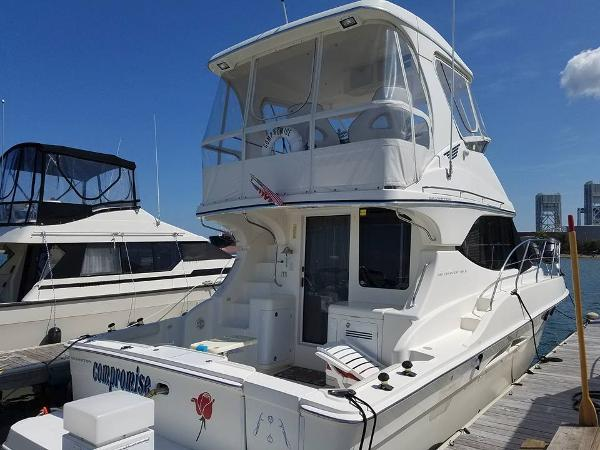Silverton 38 Convertible Starboard