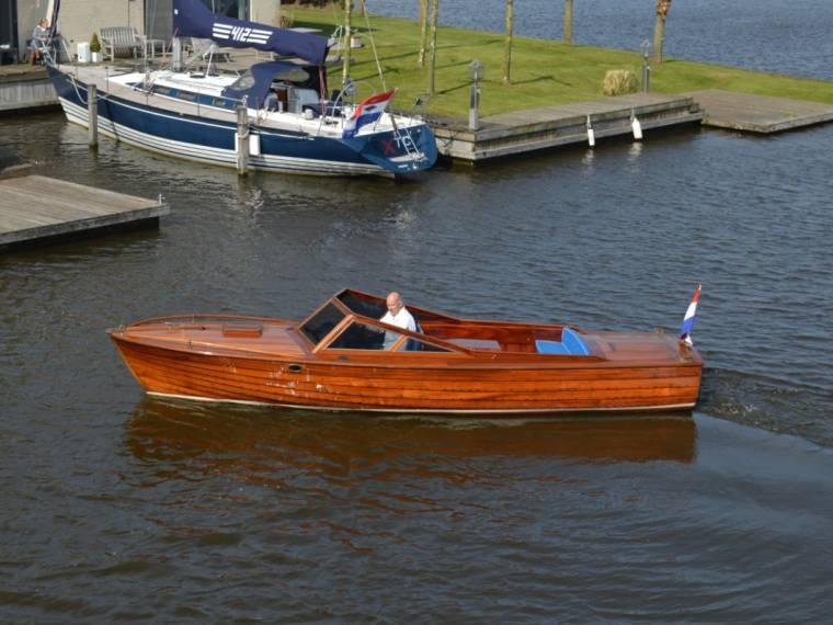 Unieke Klassieke Speedboot (basis Storebro)