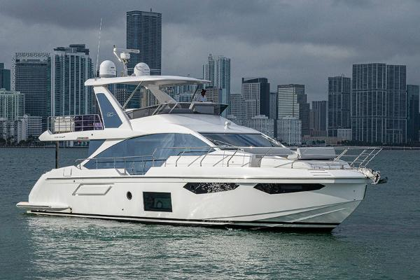 Azimut 60 Flybridge Profile