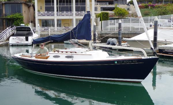 Alerion Express Sloop 28' Alerion Express Sloop BLOW FISH