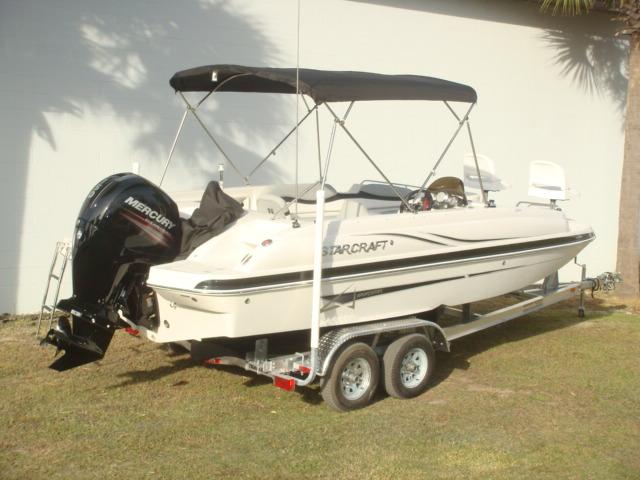 Starcraft Deck Boat LTD 2000 OB Fish