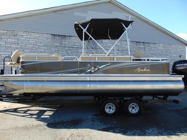 Avalon Venture 22 Fish N Cruise