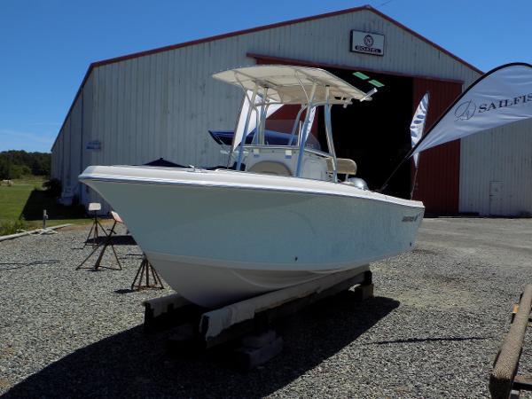 Sailfish 220 CC