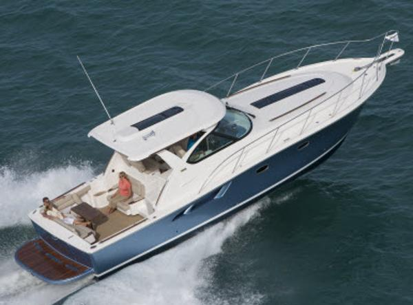 Tiara Yachts 3900 Coronet Manufacturer Provided Image