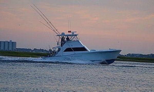 Egg Harbor 46 Convertible