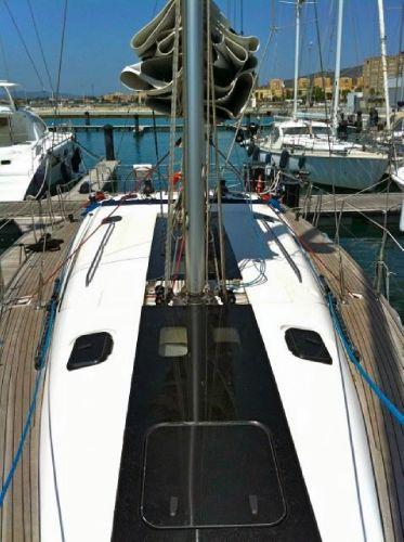 Elan 450 deck