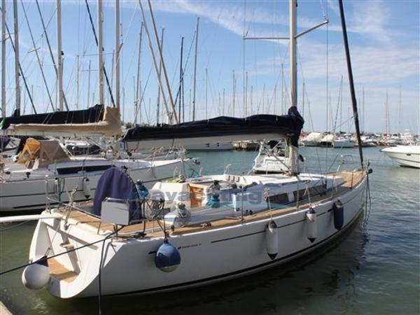 Cantiere del pardo Grand Soleil 40 BeC Abayachting Grand Soleil 40 Botin & Carkeek 1