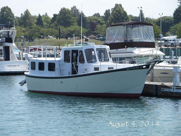 T.D. Vinette North Shore 32 North Shore 32 Forward Starboard Profile