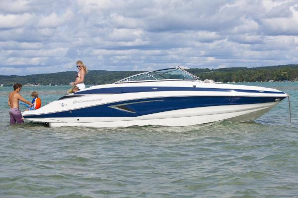 Crownline Eclipse E25 Manufacturer Provided Image