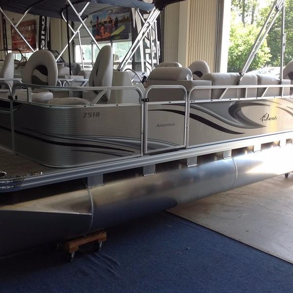 Apex Inflatables 7518 VX Fish