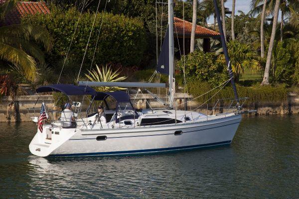 Catalina 315 Sistership