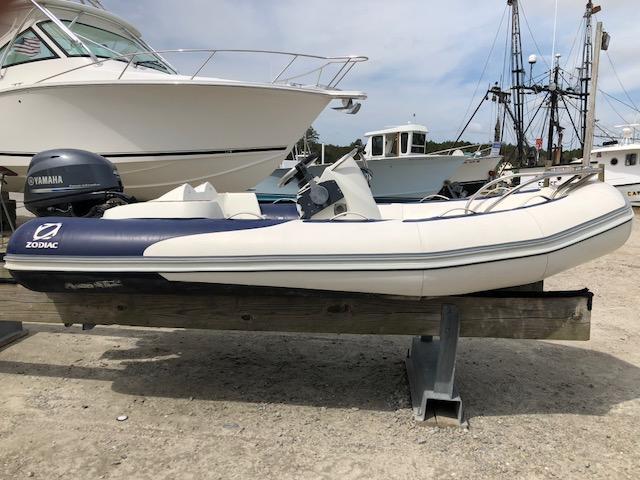 Zodiac Yachtline 2 Deluxe