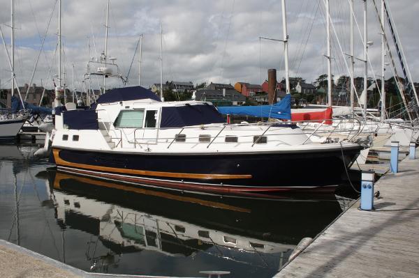 Aquastar 38 Aft Cabin Aquastar 38
