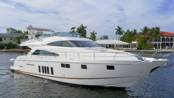 Fairline 65 Squadron Fairline 65 Squadron 2013