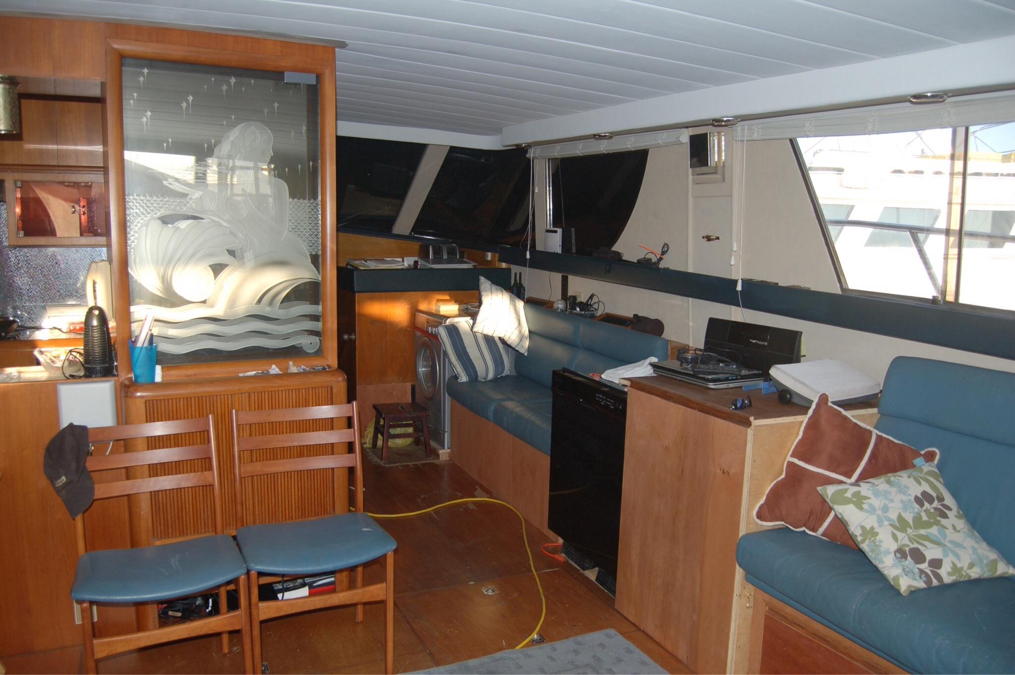 President 57 Motor Yacht