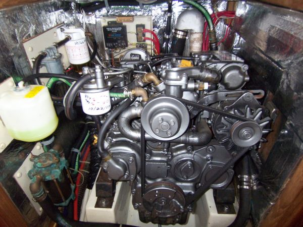 Very clean engine (820 hours)