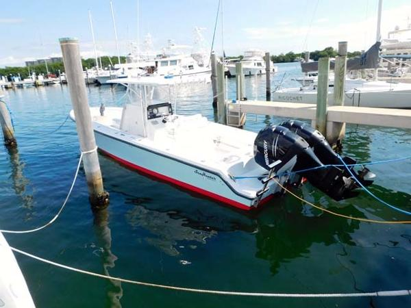 Sea Hunter 35 Center Console
