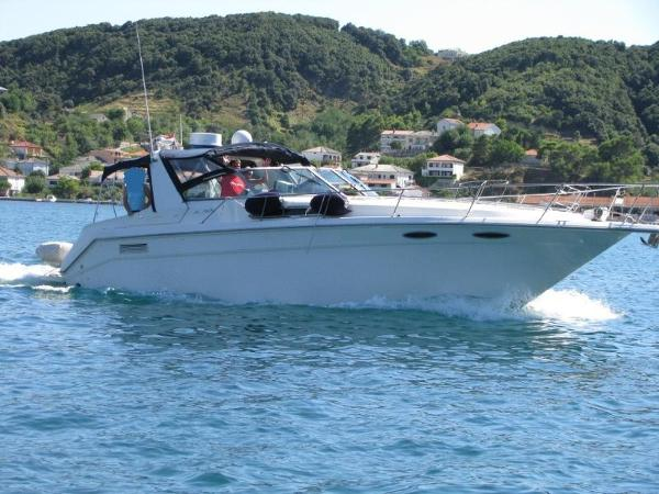 Sea Ray 350/370