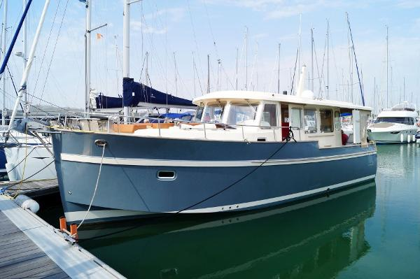 Rhea Trawler 36 Sedan