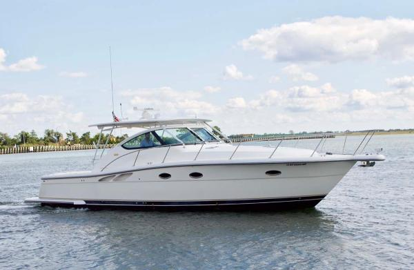 Tiara 3800 Open Starboard Profile