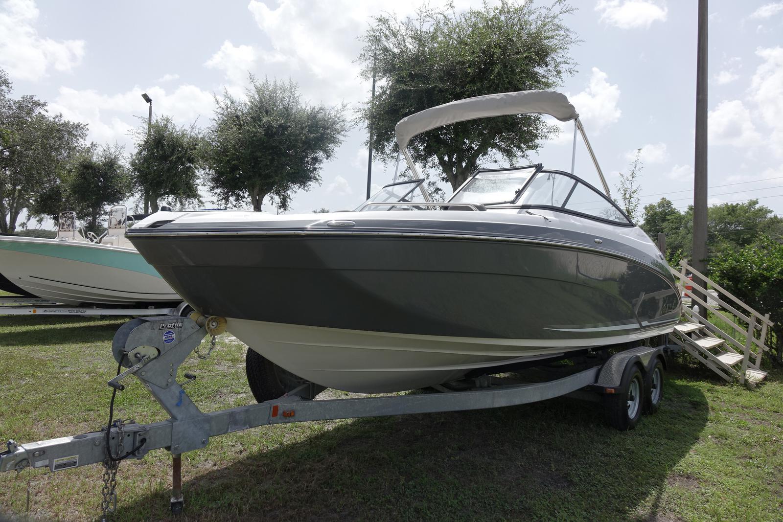 Yamaha Boats 242 LTD E Series