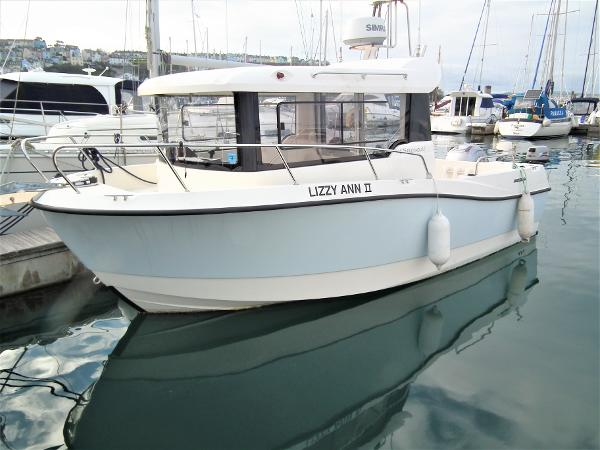 Quicksilver 675 Pilothouse Quicksilver 675 Pilothouse