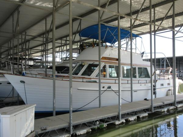 Island Gypsy 44 Flush Deck IN BERTH
