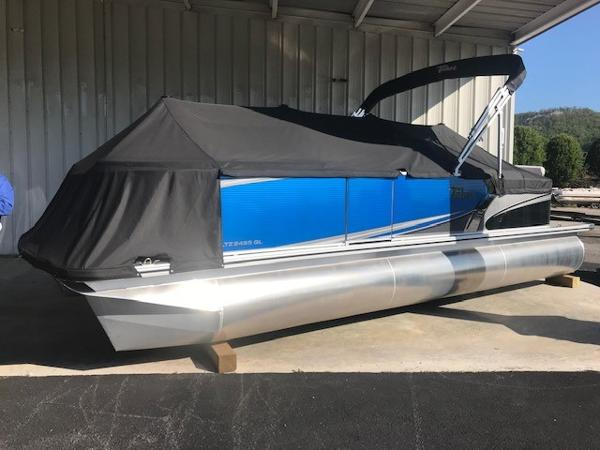 Tahoe Pontoon LTZ