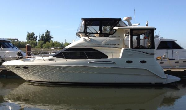 Sea Ray 370 Aft Cabin PORT PROFILE
