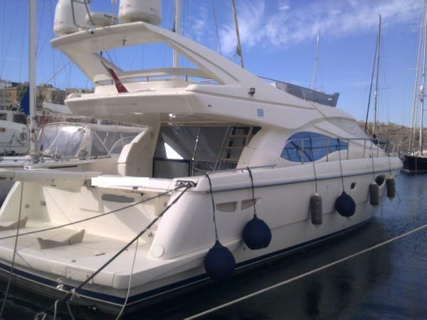 Ferretti Yachts 591