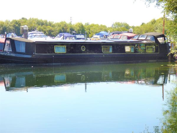 Wide Beam Narrowboat Collingwood Monarch 60 x 12
