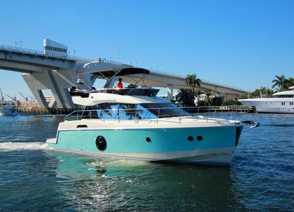 Monte Carlo MC4 Starboard View