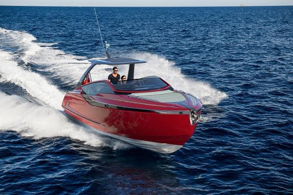Fairline F//Line 33 Outboard