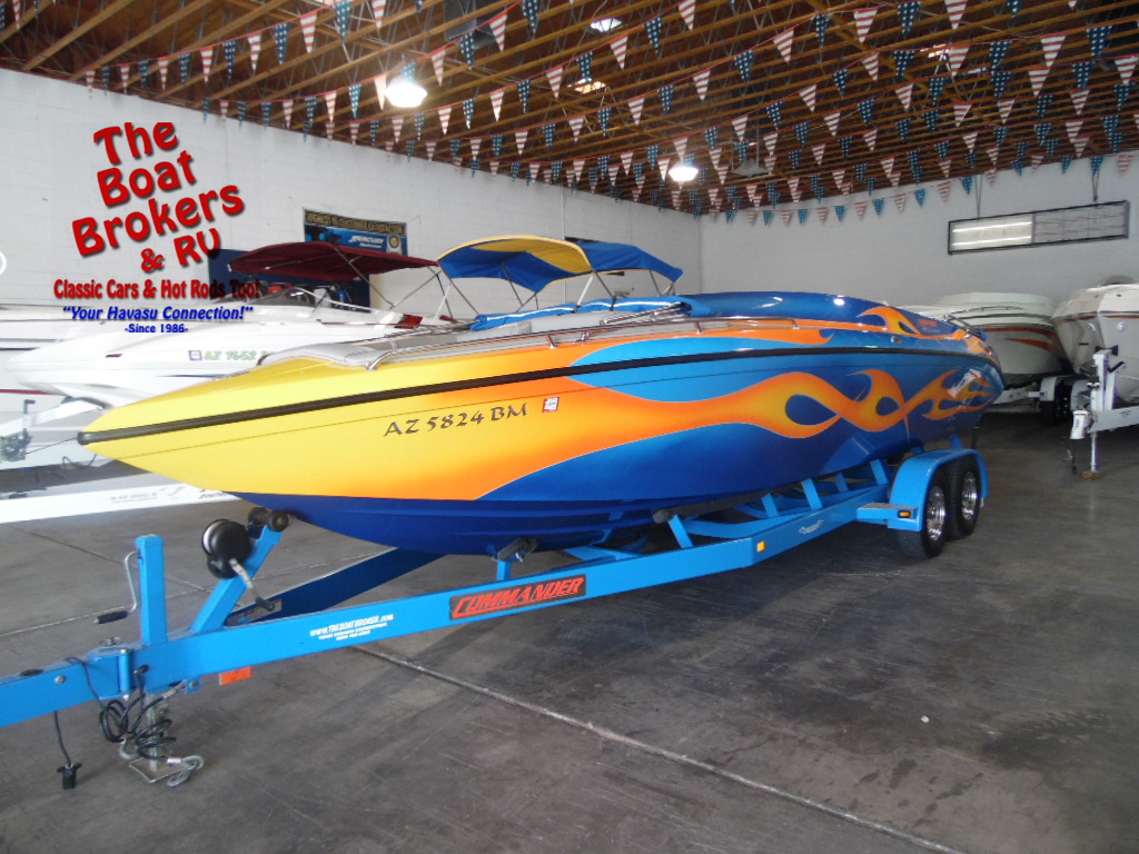 Commander Boats Signature