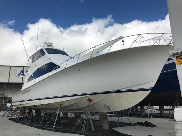 Ocean Yachts 62 Enclosed Bridge Super Sport