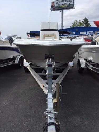Nautic Star 211 COASTAL DLX