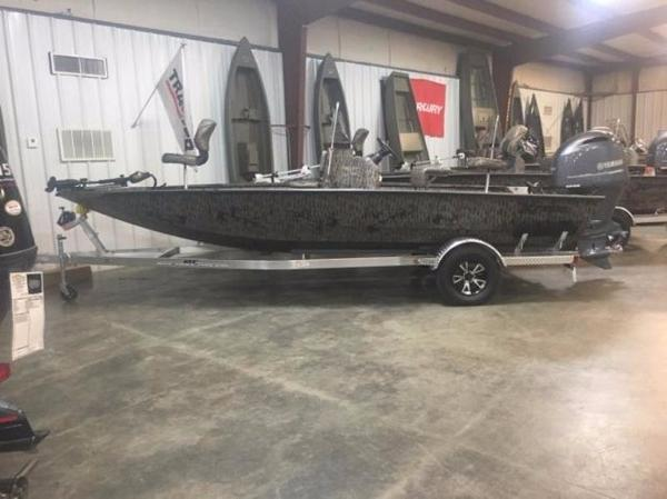 Xpress Boats H20B