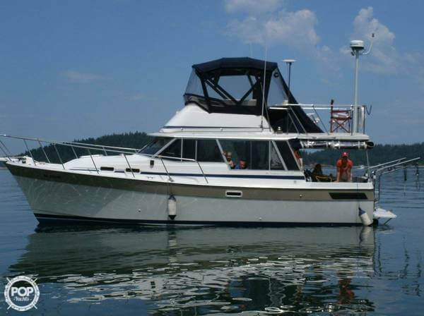 Bayliner 3270 1983 Bayliner 3270 for sale in Anacortes, WA