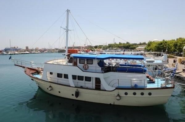 Chantier Grec Trawler Bois bateau_chantier-grec-trawler-bois_4312807.jpg