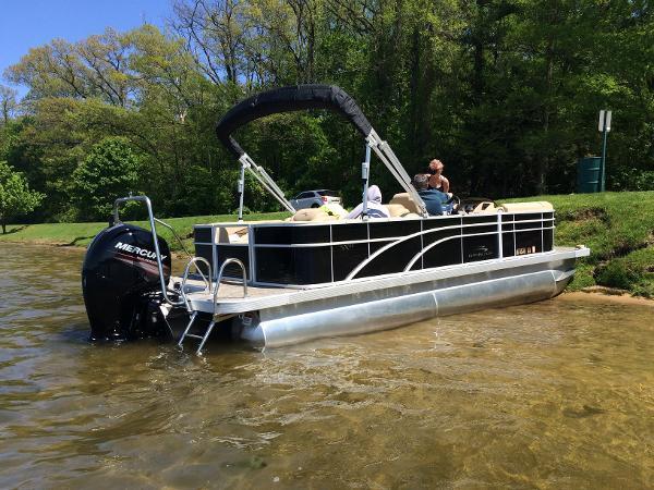 Bennington 22 SCWX 2016 Bennington 22SCWX Pontoon Boat