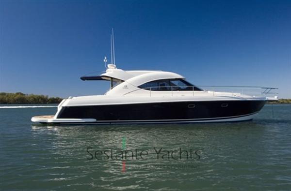 Riviera Marine 4700 Sport Yacht 7935X1288938658252740702.jpg