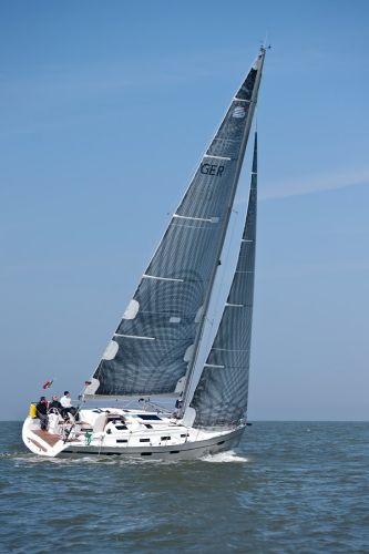Bavaria 40S Cruiser Sailing